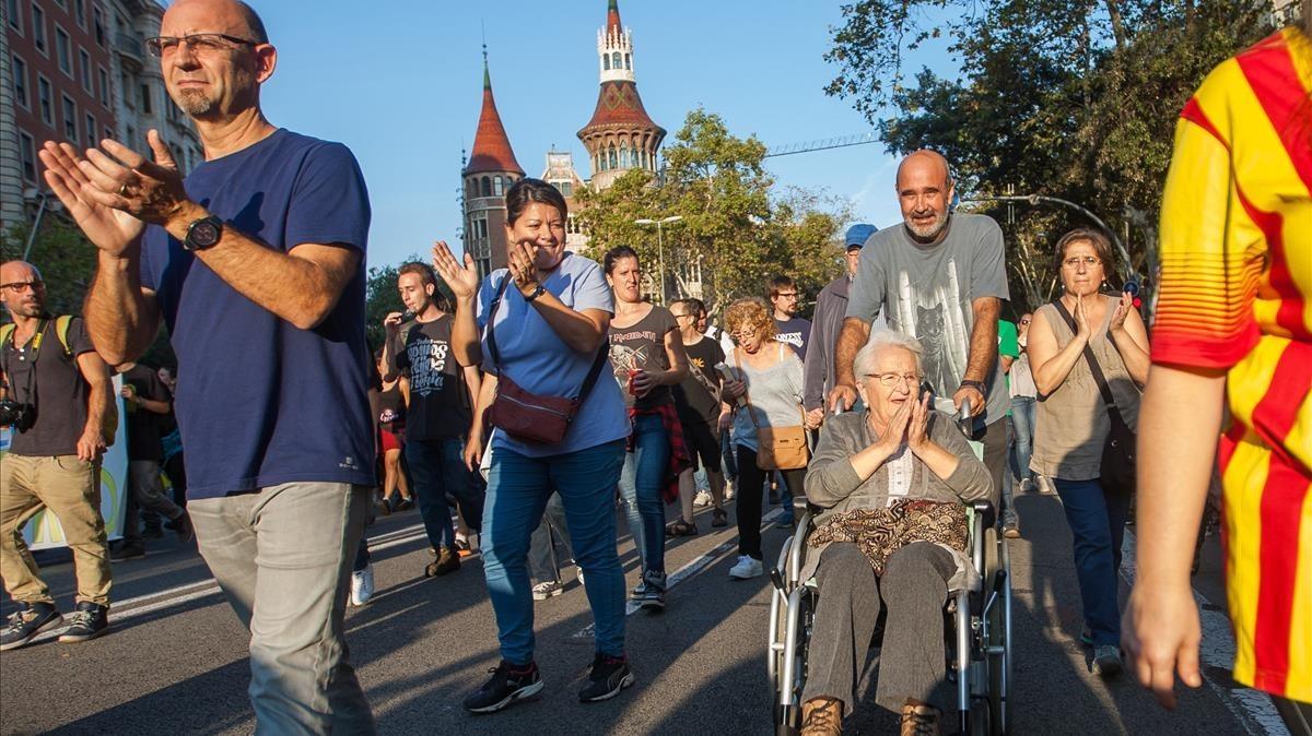 La manifestación a su paso por la Diagona de Barcelona.