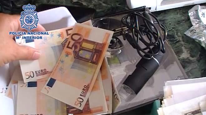 Desmantellada una impremta dedicada a la falsificació de bitllets a Saragossa