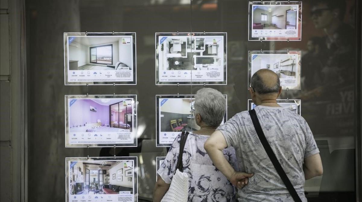 jgblanco39192993 barcelona 06 07 2017 econom a agencia inmobiliaria de g170707123846