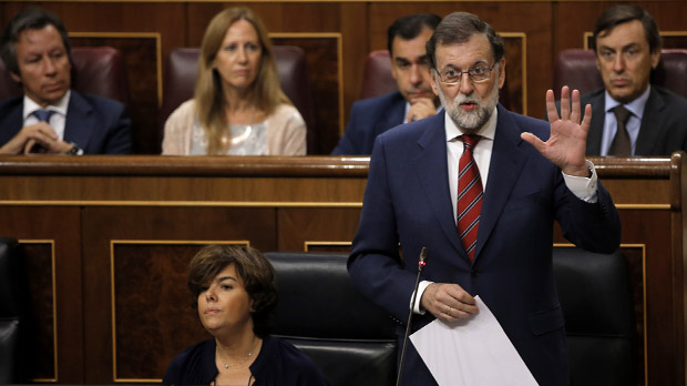 Rajoy: ¿Si a alguien se le cita para acudir a una mesa electoral, que no vaya porque sería un acto ilegal¿