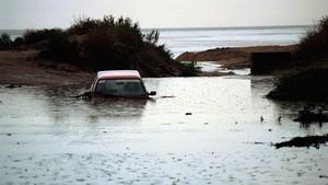 Vehículo inundado