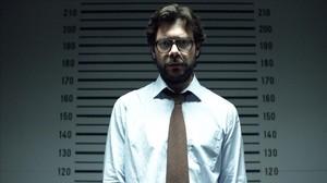El actor Álvaro Morte, en la serie La casa de papel, de Antena 3.