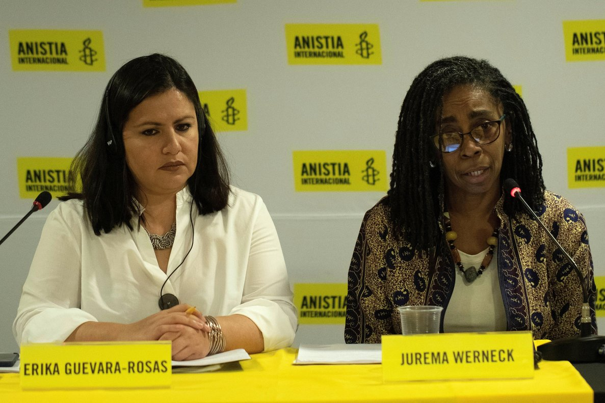 La directora ejecutiva de Amnistia Internacional Brasil,Jurema Weneck,y la directora de AI para America, Erika Guevara Rosas.