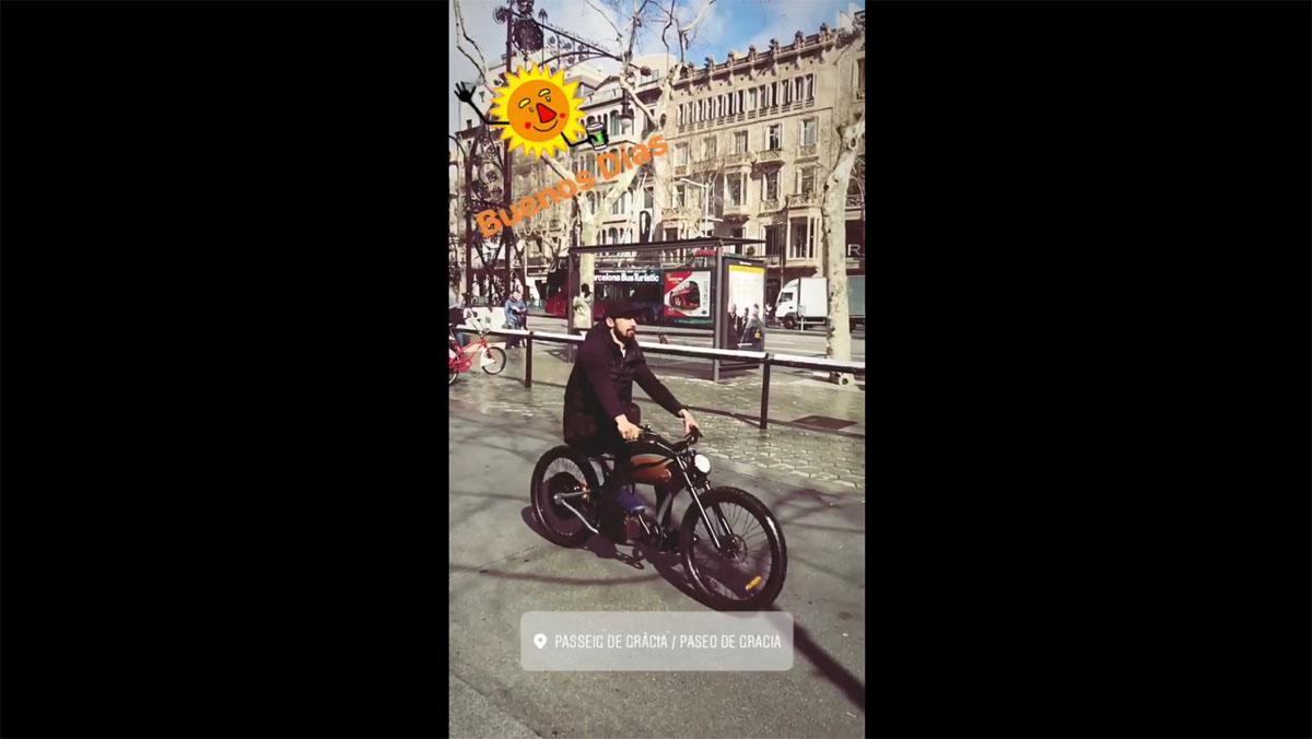 El vídeo de André Gomes, en bici por Barcelona.