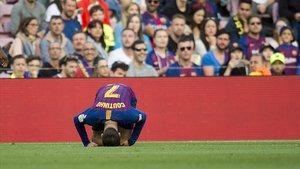 Coutinho se lamenta de una entrada en el choque con el Getafe.
