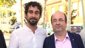 El diputado Carles Castillo y el primer secretario del PSC, Miquel Iceta, en una imagen de archivo.