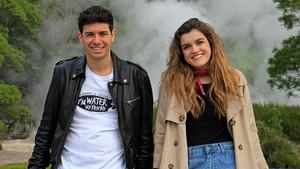 Alfred y Amaia, durante la grabación de la postal de presentación para Eurovisión, en las Azores.