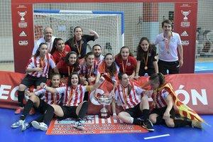 El femenino juvenil de la AE Penya Esplugues, vencedor del Campeonato de España de Clubes