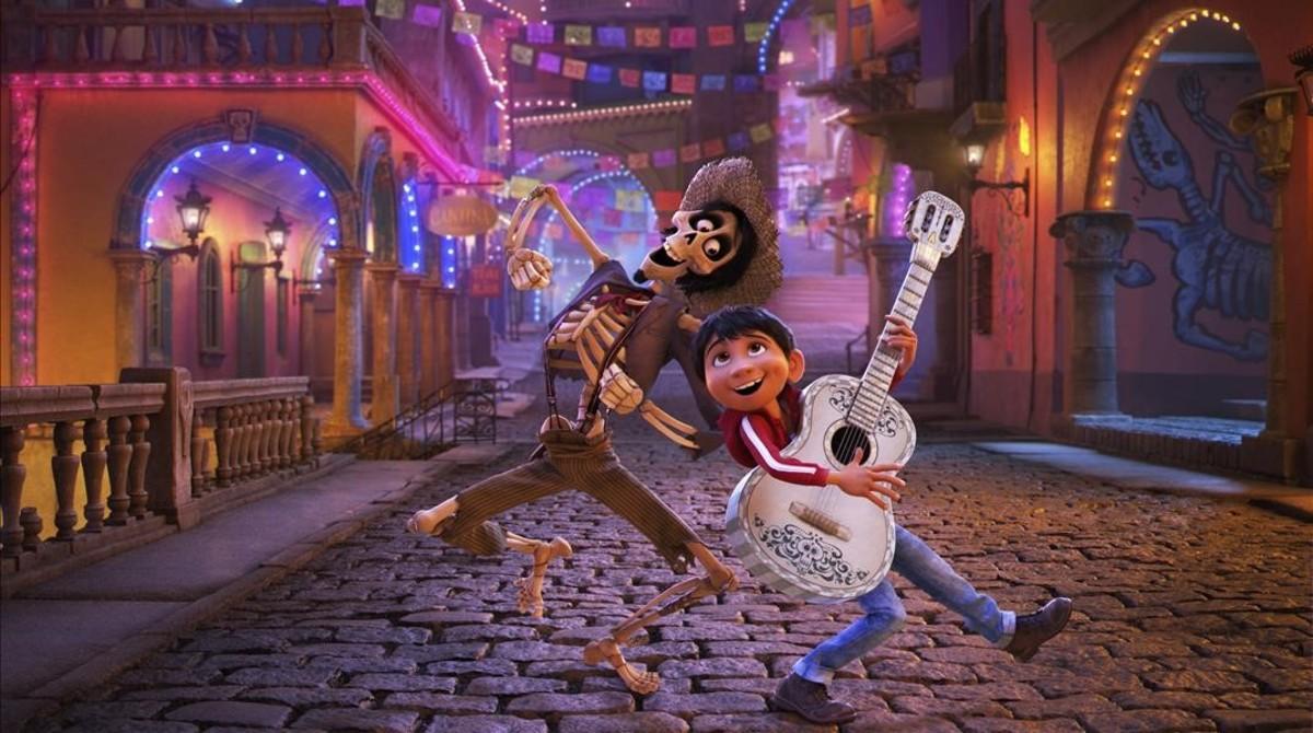 Fotograma de 'Coco', la nueva película de Disney-Pixar que en España se estrena el 1 de diciembre tras reventar la taquilla de México.