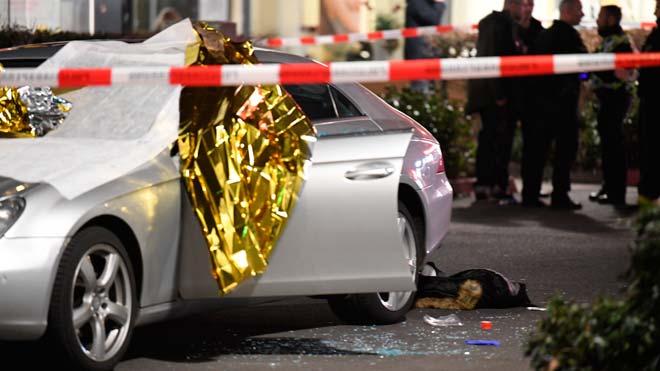 Almenys 11 morts en tirotejos a dos bars a Alemanya