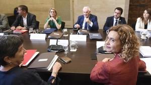 El Govern i la Generalitat xoquen en l'agenda sobiranista i no concreten acords sectorials