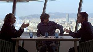 Jordi Évole con Ada Colau y Manuel Valls en Salvados.