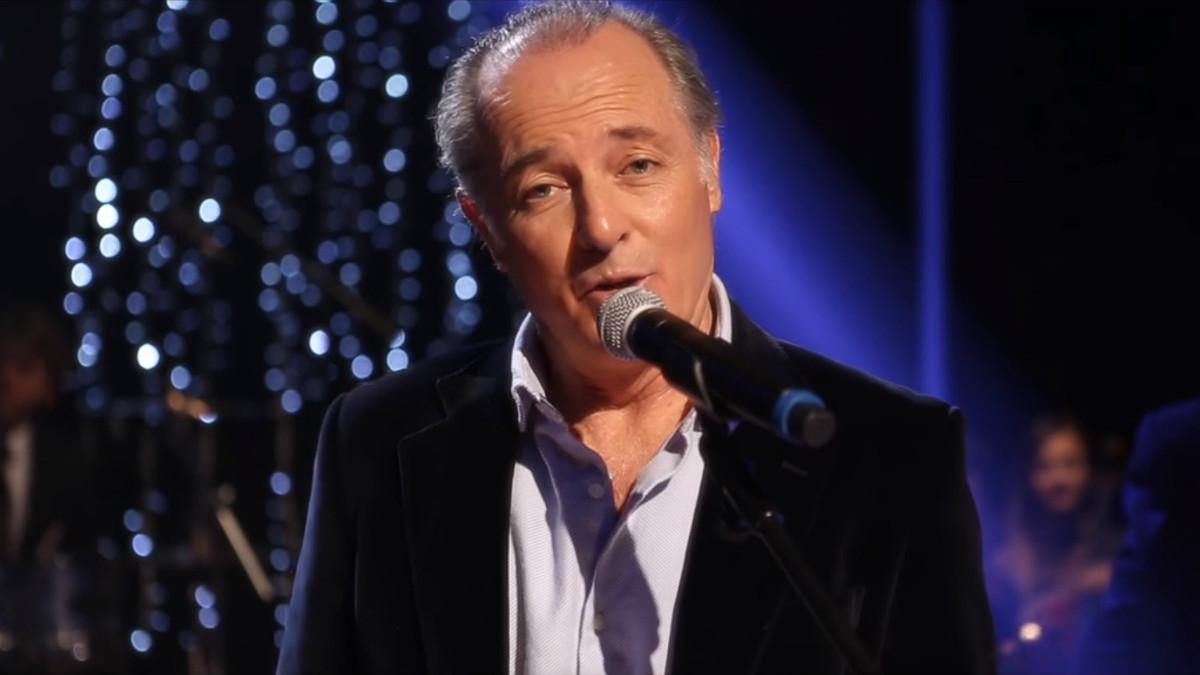 José Manuel Soto en el videoclip oficial de una de sus canciones
