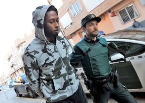 GRAF6864 LIRIA(Comunidad Valenciana), 22/02/2017. El jugador del Villarreal, Rubén Semedo, a su llegada esta mañana al juzgado número 6 de Lliria (Valencia). Semedo, de 23 años y nacionalidad portuguesa, ha sido detenido por la Guardia Civil por un presunto delito de lesiones y de detención ilegal. EFE/Manuel Bruque