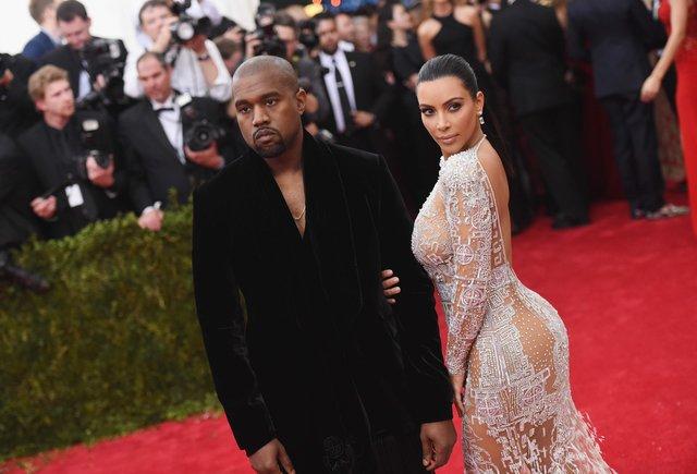 Kanye Westy Kim Kardashian.