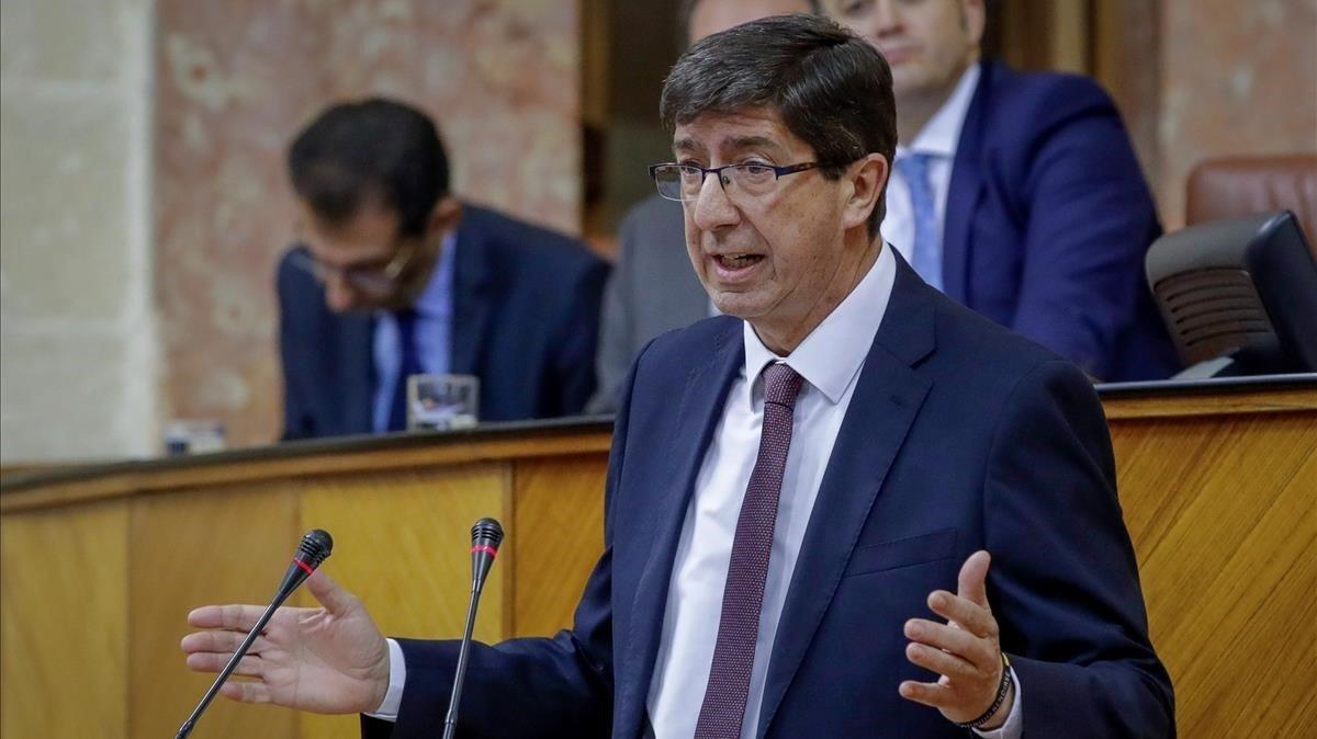 El líder de Ciudadanos en Andalucía, Juan Marín, durante su intervención en el debate de investidura.