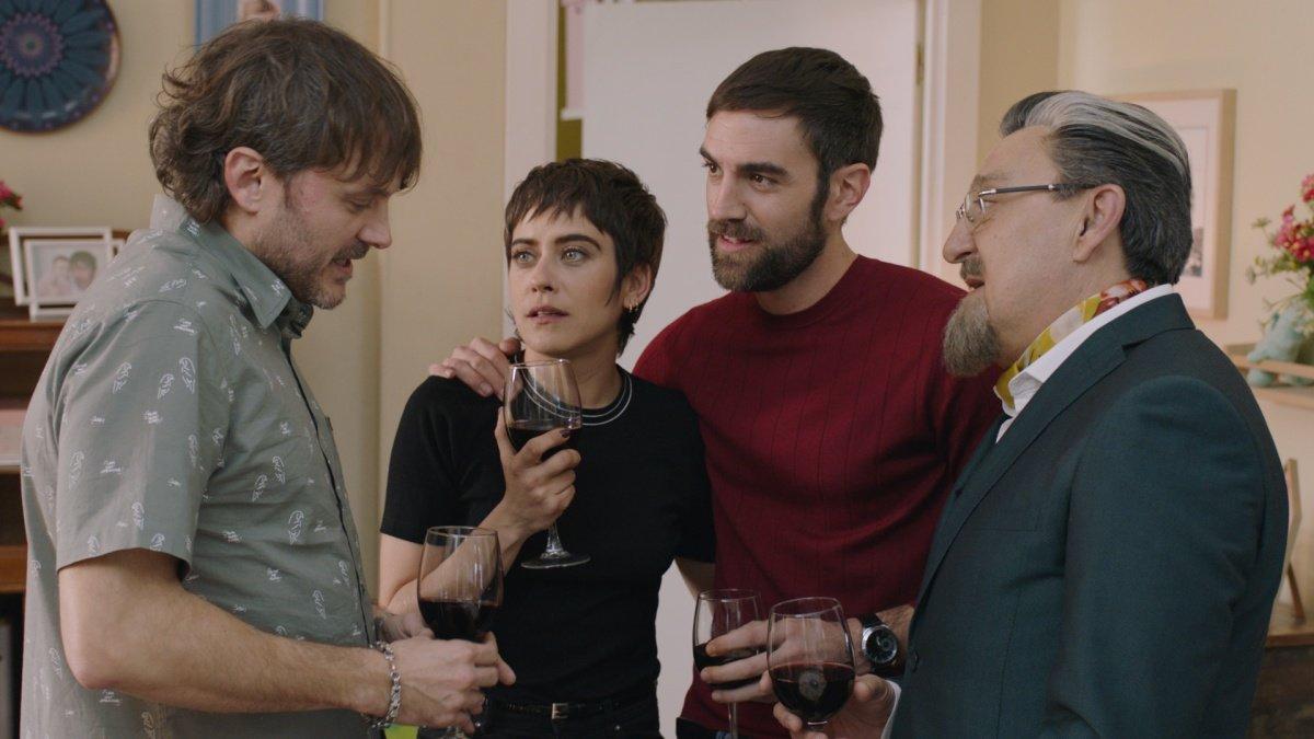 Los protagonistas de 'Allí Abajo' en una escena de su capítulo final.