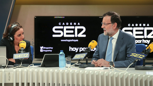 Mariano Rajoy, entrevistado por Pepa Bueno en la SER, este miércoles.