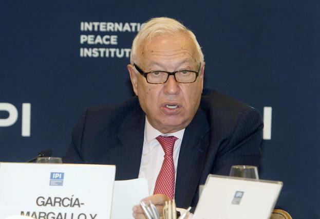 El ministro de Asuntos Exteriores, José Manuel García-Margallo, interviene en un desayuno de trabajo en el International Peace Institute (IPI) en Nueva York.