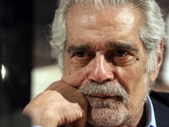 Fotografia darxiu feta el 29 de juliol del 2004 de lactor egipci Omar Sharif, que ha mort aquest divendres.