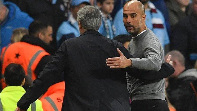 Mourinho y Guardiola tras un City-United en el Etihad del pasado mes de abril.