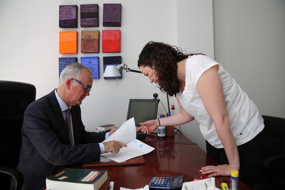 Imagen de archivo de la firma de un testamento