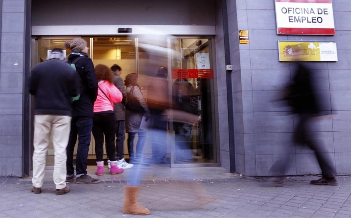El paro en la comunidad de madrid baj un 8 29 en 2018 for Oficinas inem coruna