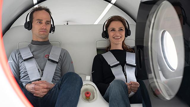 Primer viaje con pasajeros en una cápsula del tren ultrarrápido Virgin Hyperloop