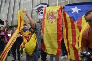 Protestas por la sentencia del 'procés' frente la sede de la Generalitat en Girona.