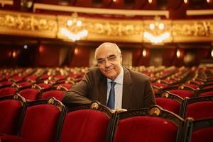 Salvador Alemany, en la platea del Liceu.