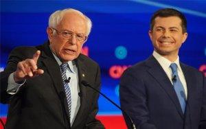Bernie Sanders y Pete Buttigieg en debate demócrata.