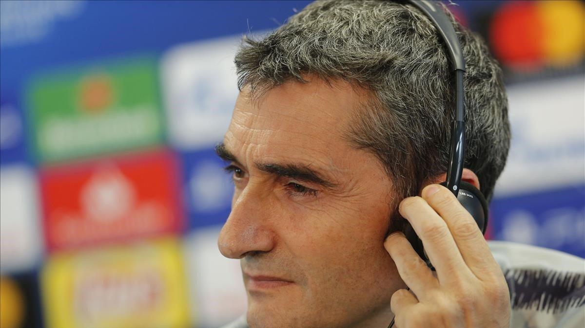 Valverde, en la conferencia de prensa previa al duelo con el United en el Camp Nou.