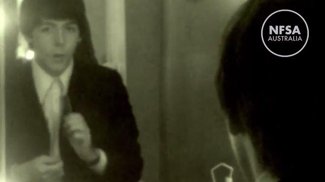 Larxiu nacional australià fa pública una gravació inèdita en què es veuen els Beatles, el 1965, mentre els maquillen en un camerino.