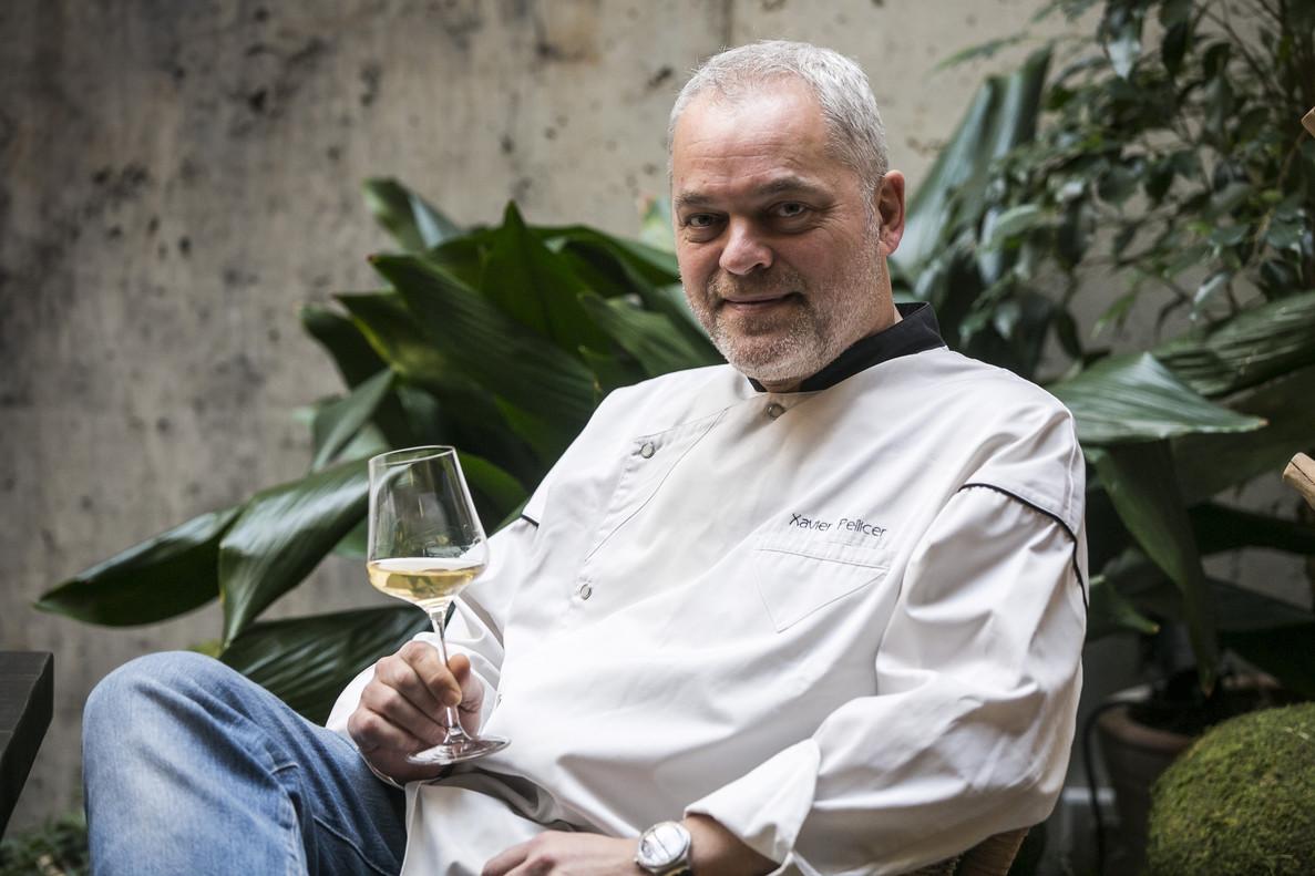 Xavier Pellicer, en la terraza del restaurante Céleri que tenía en el pasaje de Marimon.