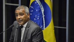 El senador y exfutbolista Romário.