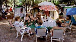 Escena cotidiana en el cámping la Ballena Alegreen 1995.