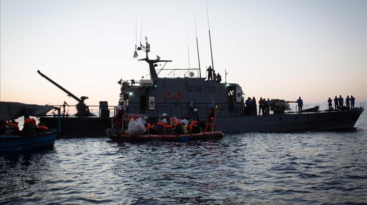 Portugal acorda amb Espanya i França acollir immigrants de l''Aquarius'