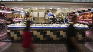 El súper s'emporta el 65% de les vendes de peix