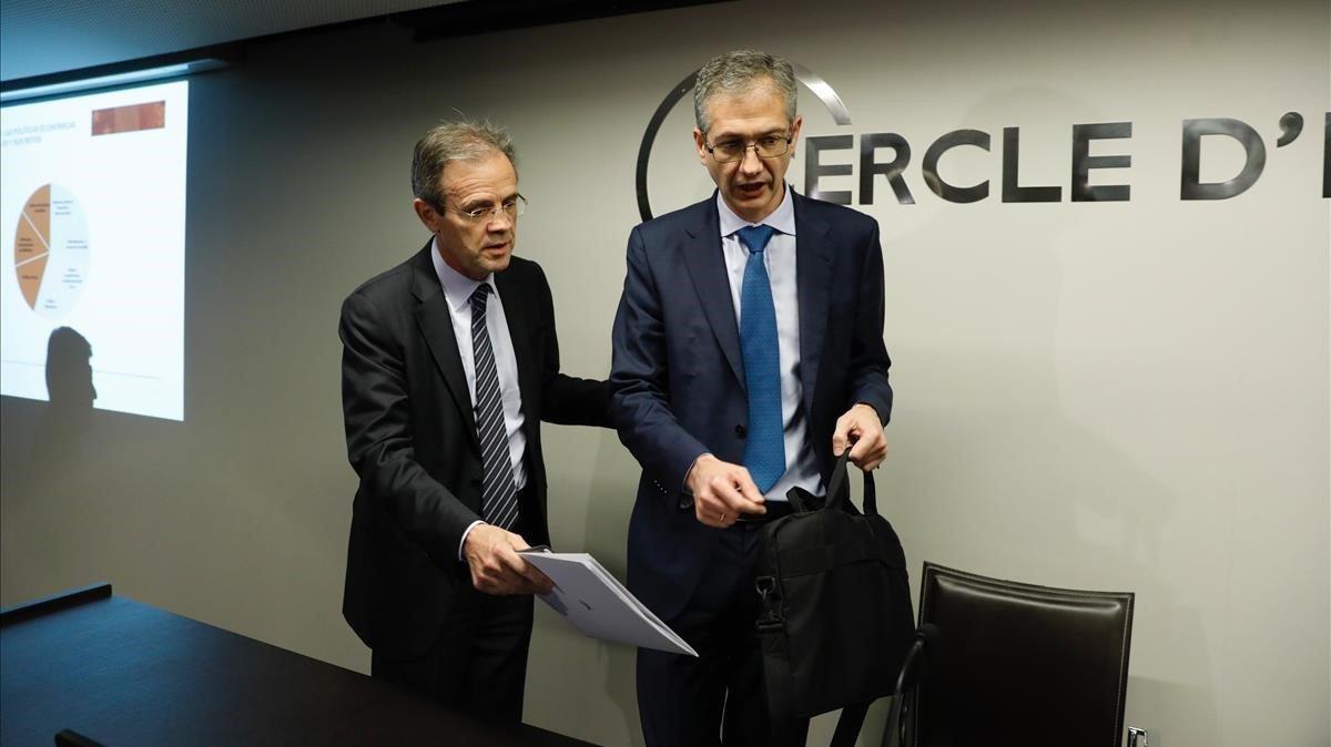 Jordi Gual y Hernández de Cos, en el Cercle d'Economia este viernes.