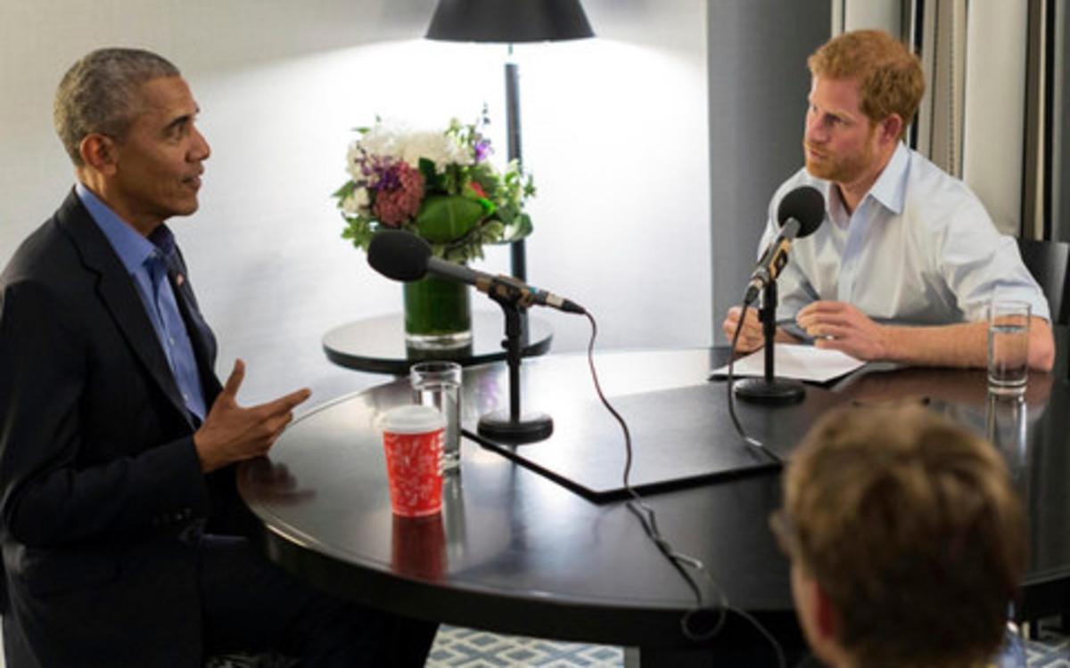 El príncipe Enrique entrevista a Obama para la BBC.