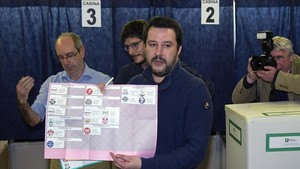 zentauroepp42393755 milan italy march 04 leader of lega nord party matteo s180304195730
