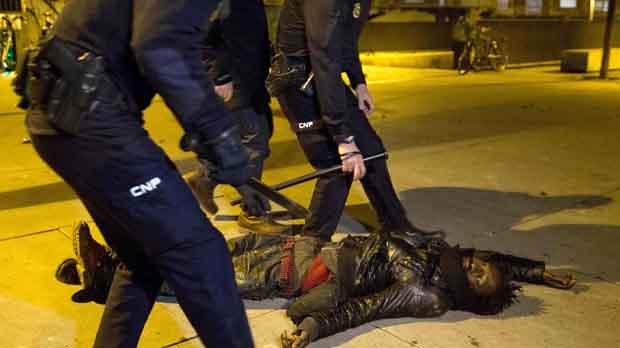 Seis detenidos y diez policías heridos en los incidentes de anoche en Madrid