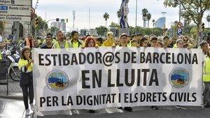 Manifestación de los estibadores a favor de la huelga general.