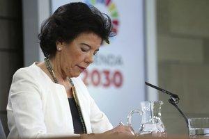 La ministra portavoz en funciones Isabel Celaa.