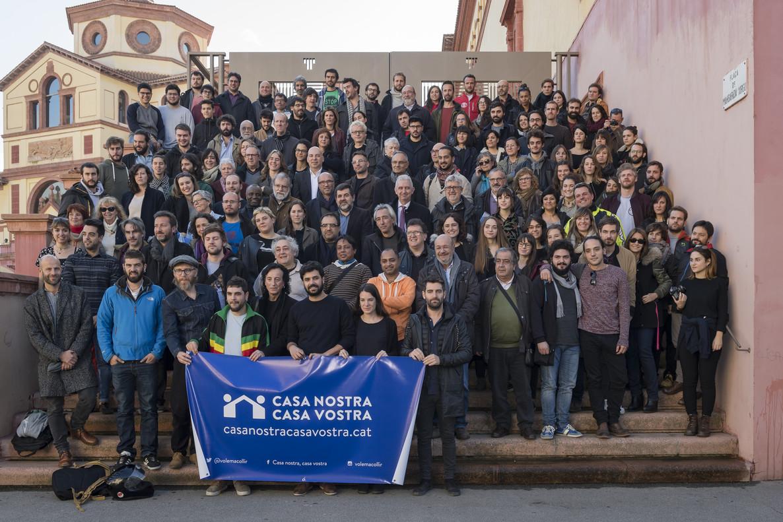 Activistas de la campaña Casa Nostra, Casa Vostra, en su presentación en el Teatre Lliure de Montjuïc, en Barcelona, este martes.