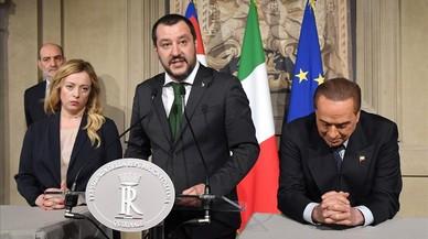 Berlusconi avala un gobierno de la xenófoba Liga con los indignados