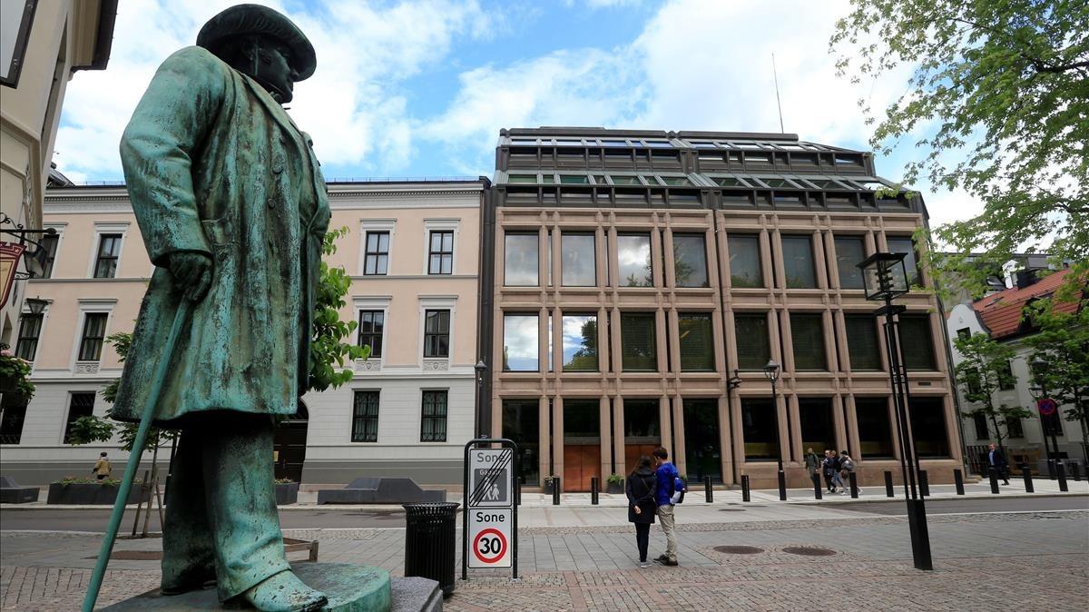 Ciudadanos en el centro de Oslo, la capital noruega.