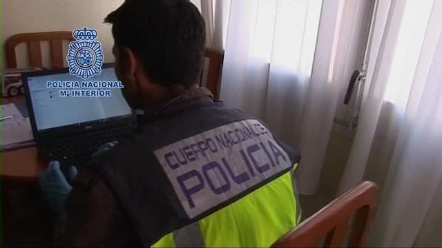 Los arrestos han sido practicados en Almería, Mataró (Barcelona), Tarragona, Madrid, Valladolid y Barcelona capital.