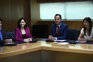 El PP i Cs tanquen un pacte de 155 mesures i sense Vox a la Comunitat de Madrid