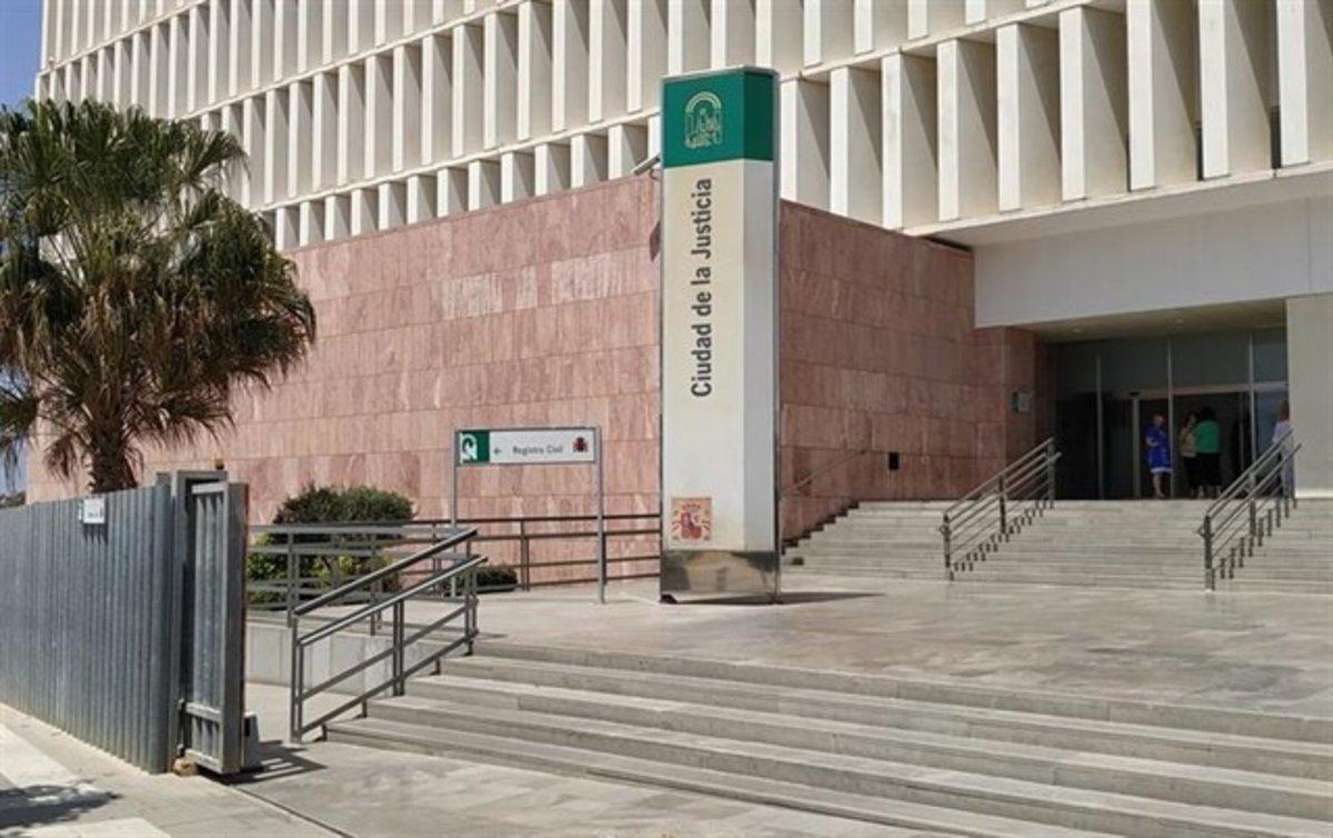 Borja, el jove que va matar un lladre a Fuengirola, no ingressarà a la presó